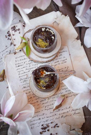 Mousse di aquafaba al cioccolato